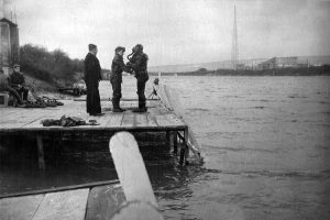 diver-in-cdba-at-horsea-early-1950s-med